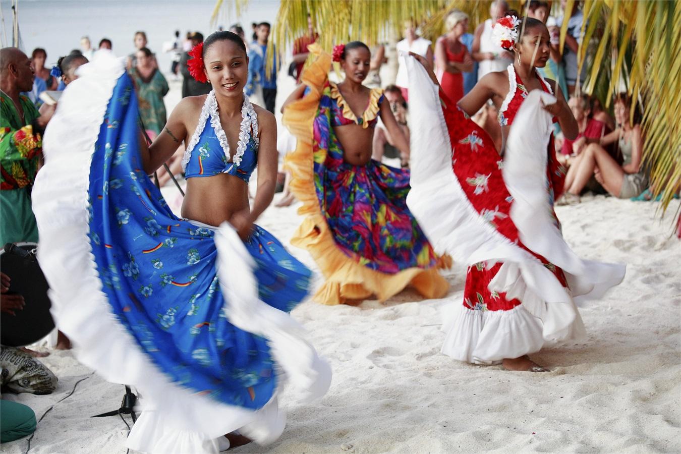 La danza tradizionale Sèga