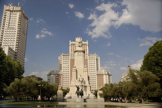 Monumento a Cervantes, Plaza de España, Madrid